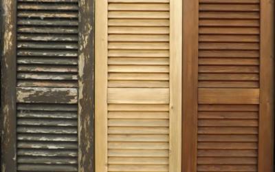 Fasi Sverniciatura Persiane in legno: prima, durante e dopo il trattamento