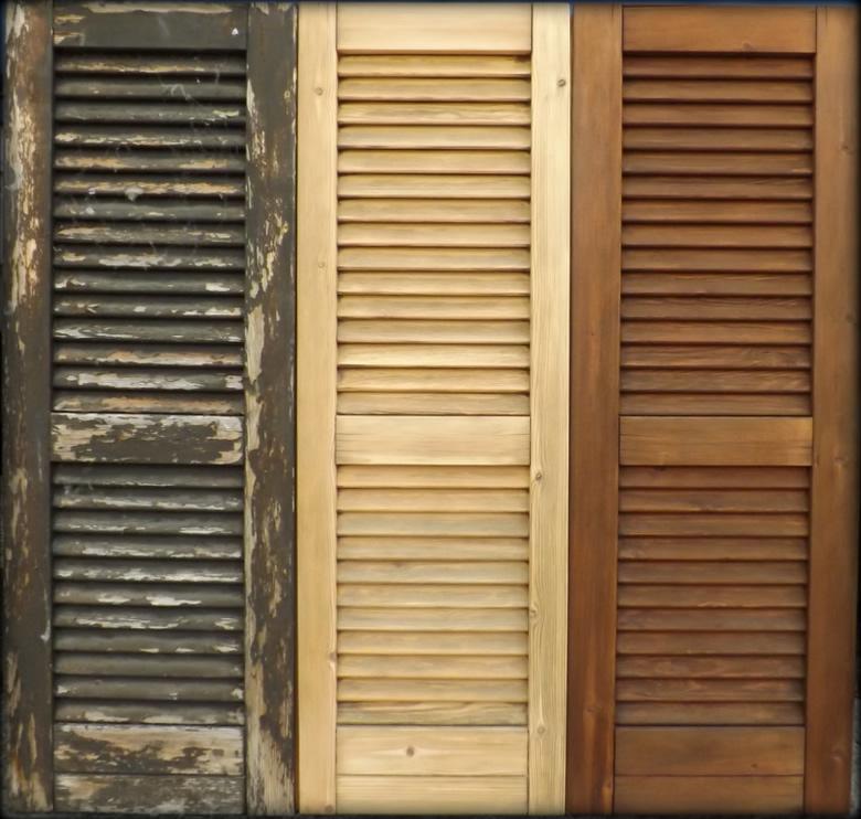 Riverniciare persiane in legno prezzi colori per for Prezzo infissi legno