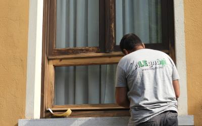 Sgrezzatura finestra a vetro